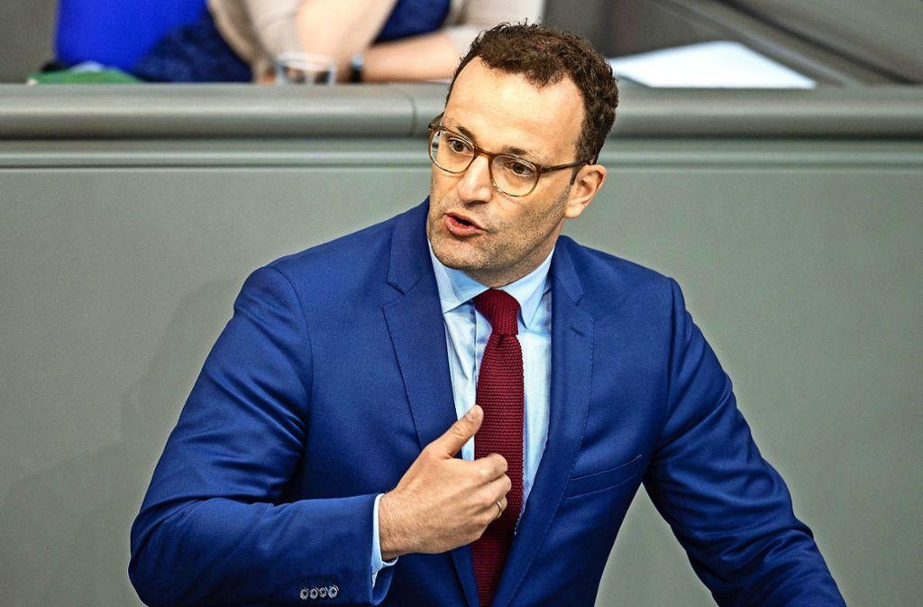 Bundesgesundheitsminister Jens Spahn (CDU) will kürzere Entscheidungsfristen bei der Entscheidung über neue Therapien. Foto: dpa/Lisa Ducret