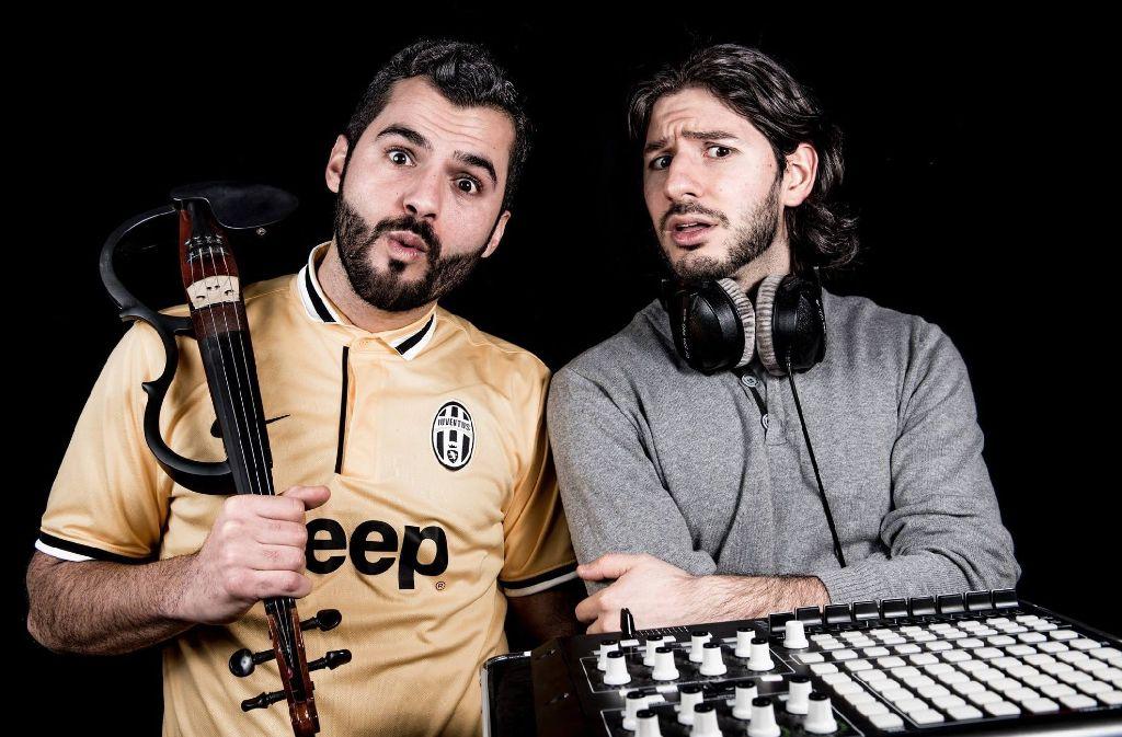Stur und Dumm kombinieren live gespielte Instrumente mit Electro. Foto: Promo