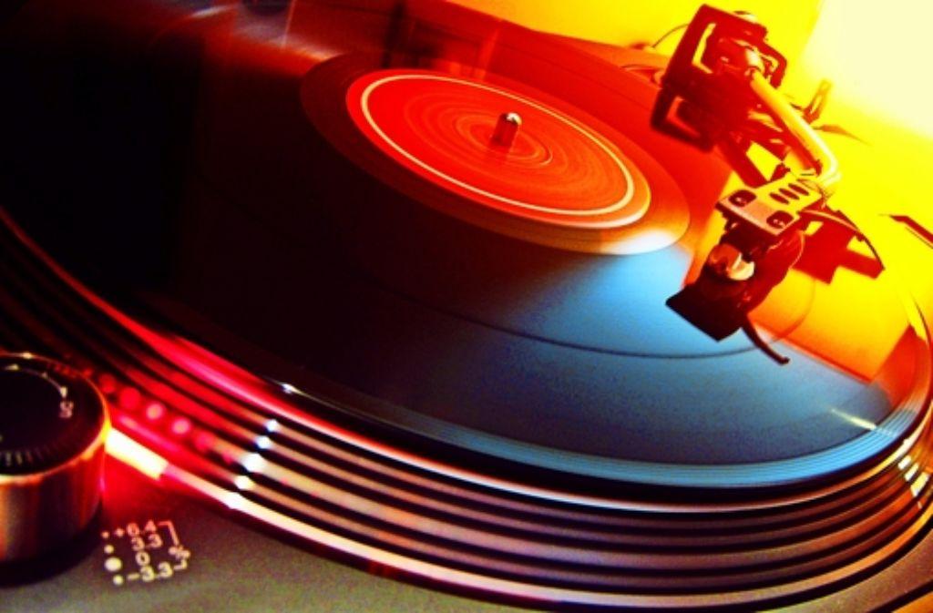 Das Plattenauflegen läuft bei vielen DJs auch wirtschaftlich rund. Foto: Archiv