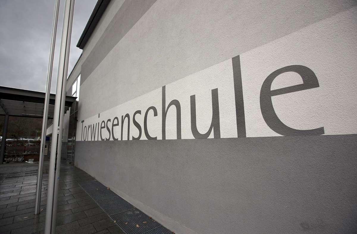 Die Torwiesenschule ist verwaist in Zeiten von Corona. Foto: Michael Steinert