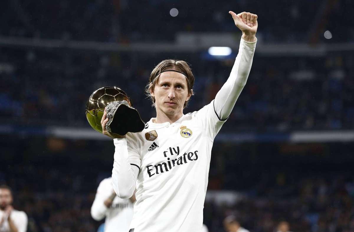 Beim Ballon d'Or konnte zuletzt nur Luka Modric 2018 in die Phalanx von Lionel Messi und Cristiano Ronaldo einbrechen. Foto: imago/AFLOSPORT/Mutsu Kawamori