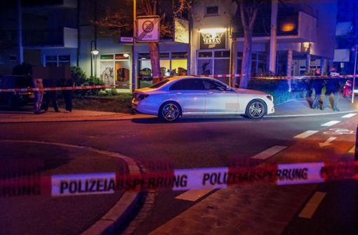 14 Beamte suchen den Schützen  von Schönaich