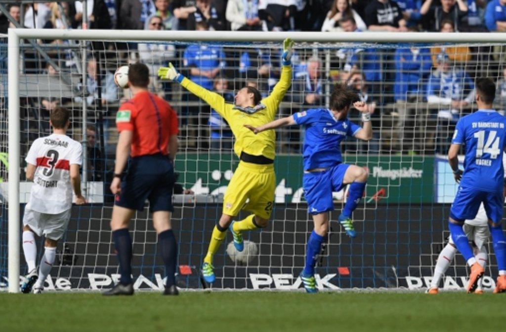 Nur 5000 Fernsehzuschauer verfolgten die Bundesliga-Partie Stuttgart gegen Darmstadt.  Foto: Bongarts
