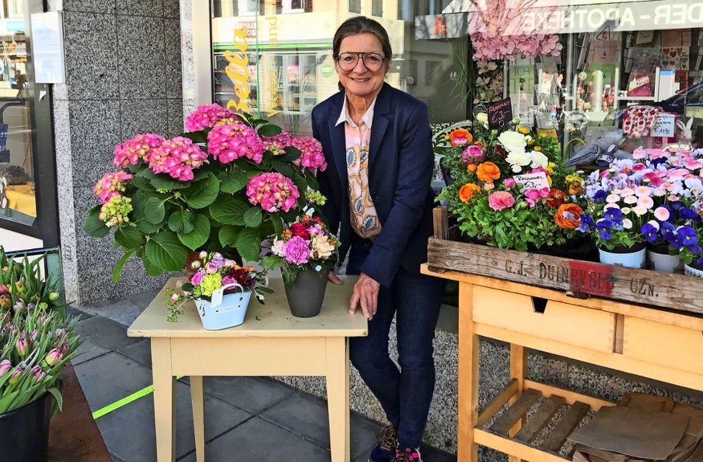 Marion Henzler führt seit 17 Jahren den Wohn- und Dekorationsladen Bella Casa in Degerloch. Zuvor hatte sie ein Geschäft in Bonlanden. Foto: Julia Bosch