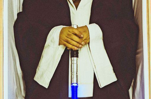 Ein Laserschwert im Sarg