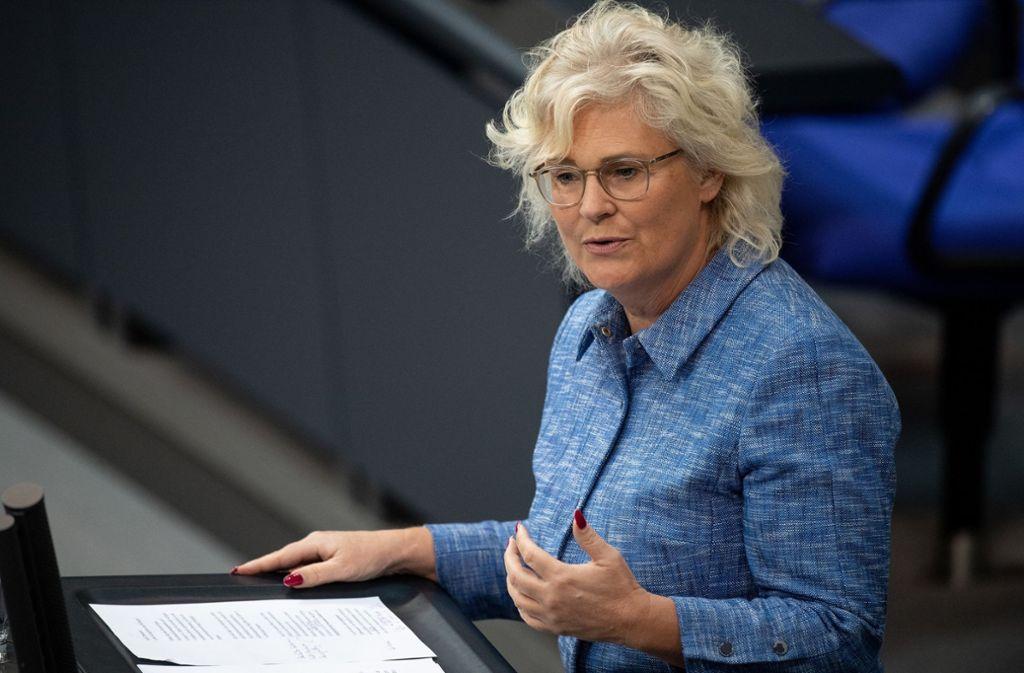 Bundesjustizministerin Christine Lambrecht will das Strafrecht bei Kindesmissbrauch und Kinderpornografie verschärfen. Foto: dpa/Fabian Sommer