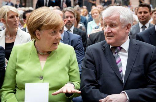 Seehofer betont Alleingang, falls die EU-Lösung scheitert