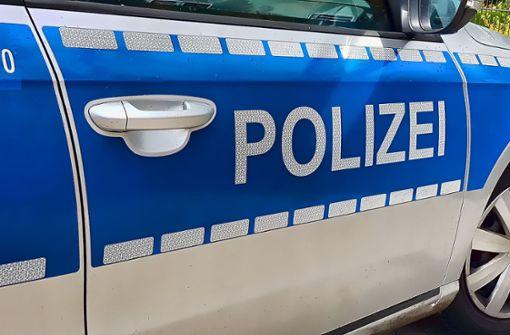 Betrunkener flüchtet vor der Polizei