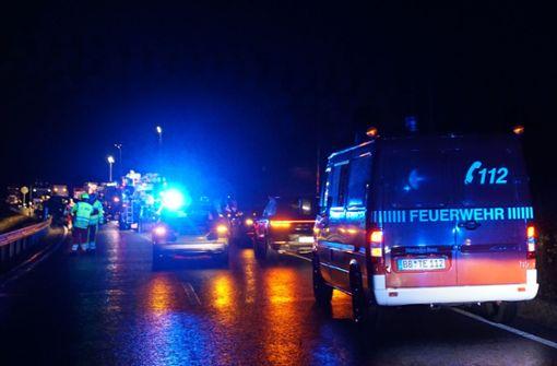Autofahrer stirbt bei Frontalzusammenstoß
