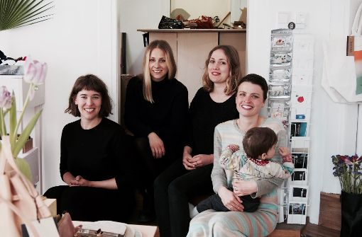 Frauenpower vereint unter einem Dach: Anna Loges, Vanessa Heepen, Hannah Zenger und Sarah Wendler (von links). Foto: Tanja Simoncev