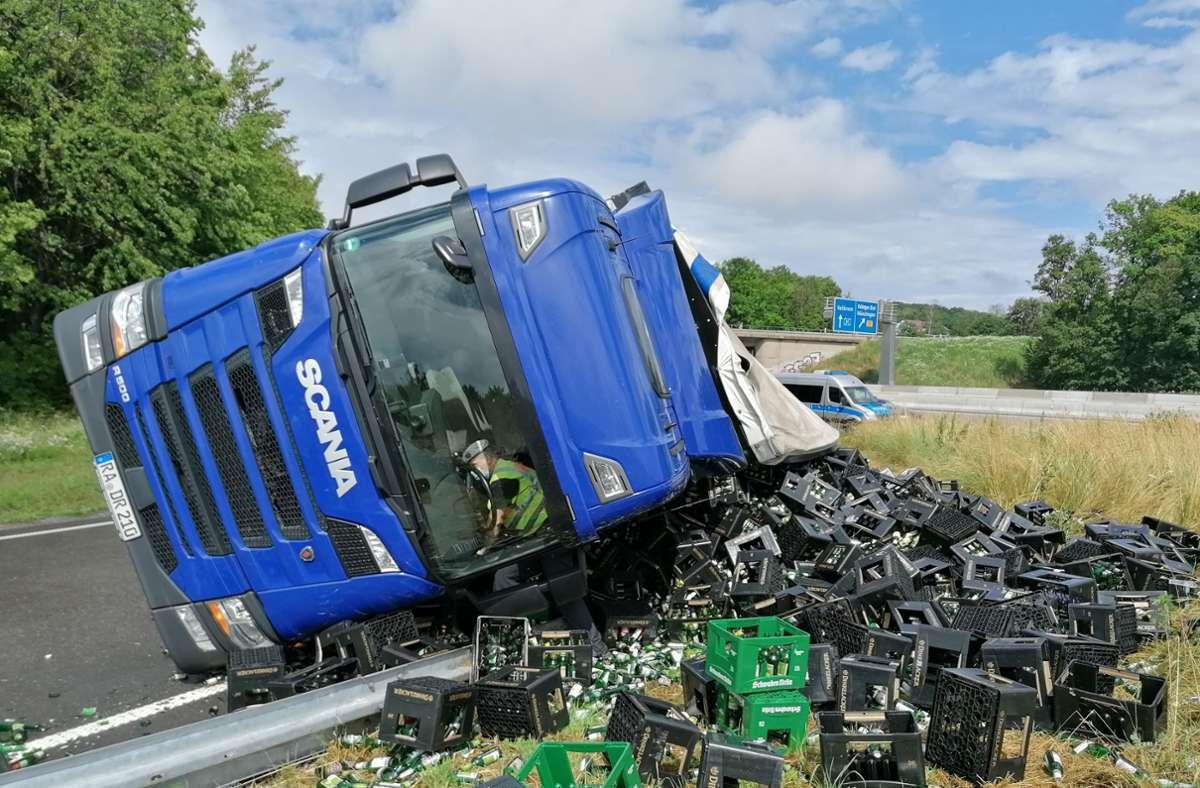 In der Autobahnausfahrt Zuffenhausen hat sich am Dienstag ein Unfall ereignet. Foto: Andreas Rosar