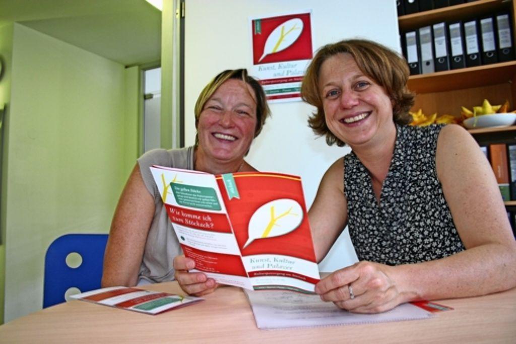 Gespannte Vorfreude: Martina Schütz (links) und Christiane Mayer. Foto: Benjamin Schieler