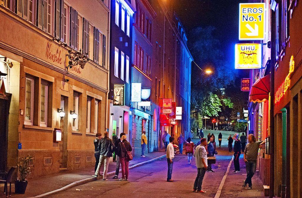 Im Stuttgarter Rotlichtviertel hat ein Mann eine Prostituierte ausgeraubt (Symbolbild). Foto: Lichtgut - Oliver Willikonsky