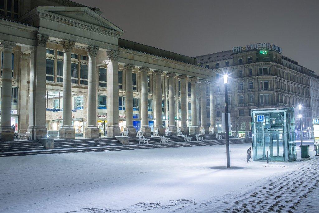 Stuttgart im Schnee ist schön. Aber nicht zum abendlichen Ausgang. Foto: www.7aktuell.de | Florian Gerlach