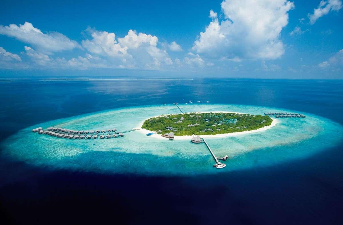 Die Malediven bleiben auch in der Corona-Krise ein Ziel für Urlauber mit dickem Geldbeutel. Foto: JA Manafaru/dpa