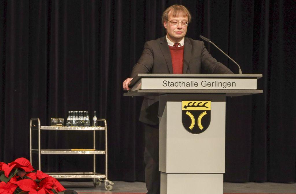 Ulrich Raisch bei der Kandidatenvorstellung für die Bürgermeisterwahl in Gerlingen. Foto: