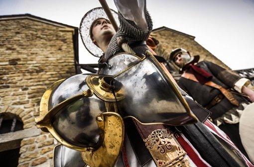Gaius Ioius Arrin macht sich bereit für den Abmarsch. Foto: Frank Eppler