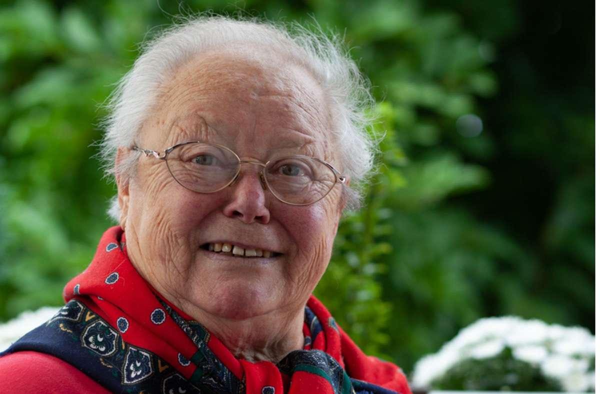 Gisela Schelhorn, geboren am 26. Juli 1937,  war eine fröhliche Frau mit Spaß am Leben. Am 19. Januar 2021 ist sie an Corona gestorben. Ihr Sohn, ihre Tochter und die Enkel  durften nicht zu ihr. Foto: privat