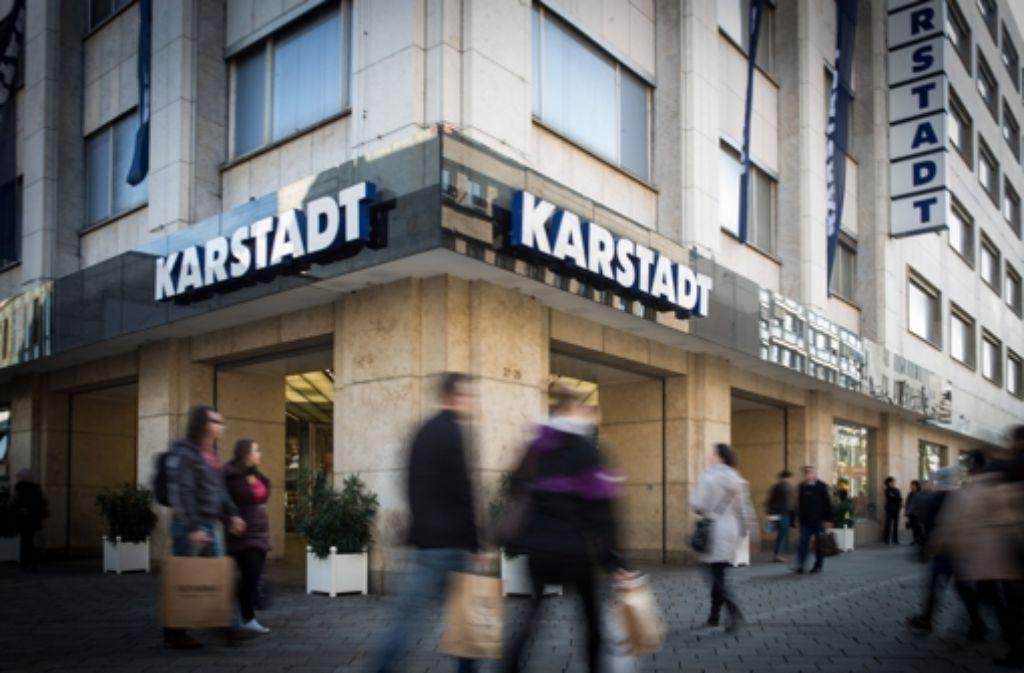 Die Karstadt-Filiale in Stuttgart an der Ecke König-/Schulstraße muss schließen. Die Geschichte des Warenhauses an diesem Standort zeigen wir in der folgenden Bilderstrecke. Foto: Lichtgut/Achim Zweygarth