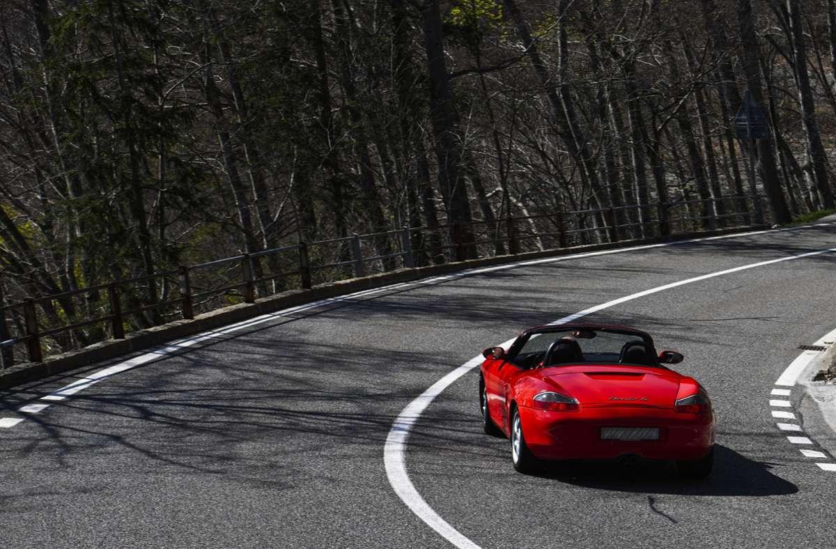 Mithilfe des 5G-Datenfunks will Porsche seine Fahrzeuge sicherer machen. (Symbolbild) Foto: imago images/Pius Koller/Pius Koller via www.imago-images.de