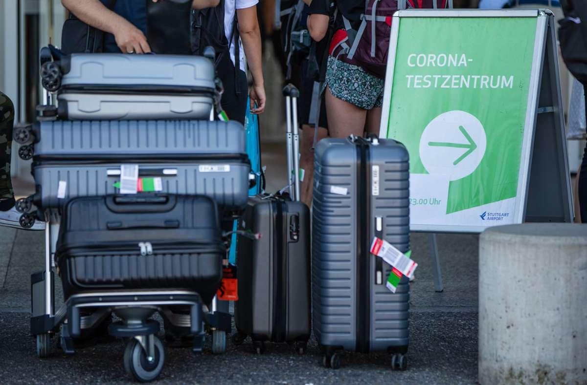 Mit den kostenlosen Corona-Tests für Reiserückkehrer ist nach den Sommerferien Schluss. Aber es gibt neue Regelungen. Foto: dpa/Christoph Schmidt
