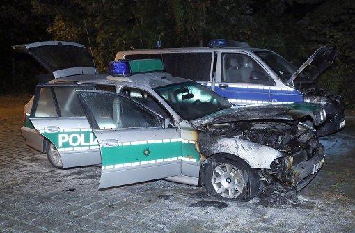 Brandanschlag auf Polizeiwagen