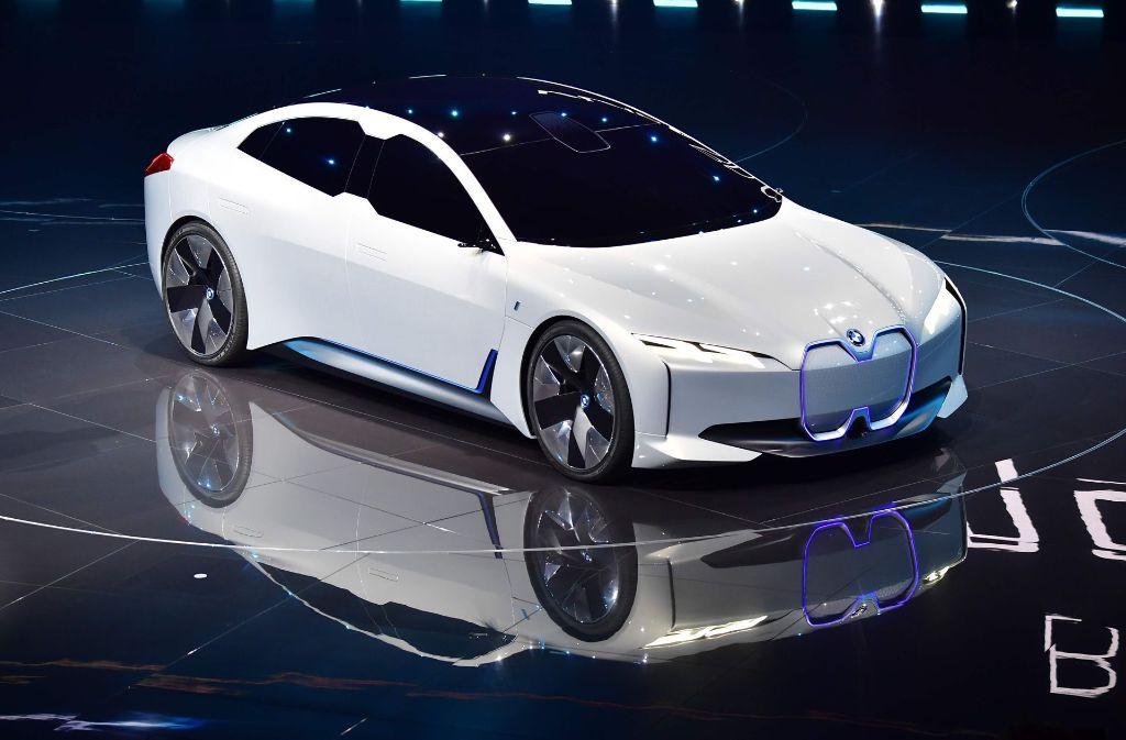 Der elektrische BMW i-Vision Dynamics hat eine Reichweite von 600 Kilometern.  Foto: AFP