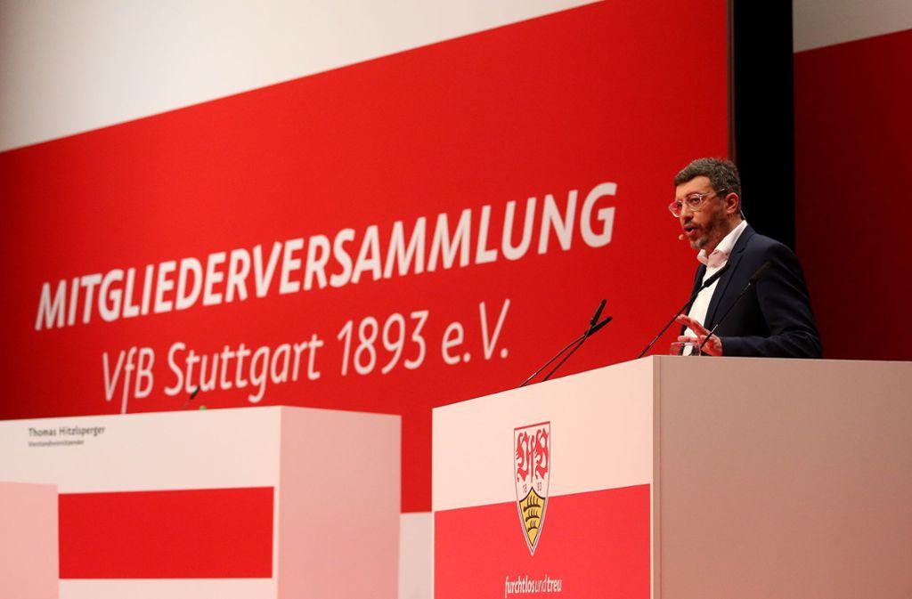 So ist es am 15. Dezember 2019 in der Schleyerhalle gelaufen: Claus Vogt kandidiert für das Präsidentenamt des VfB Stuttgart – und wird gewählt. Nun soll es am 11. Oktober wieder so weit sein. Foto: Baumann
