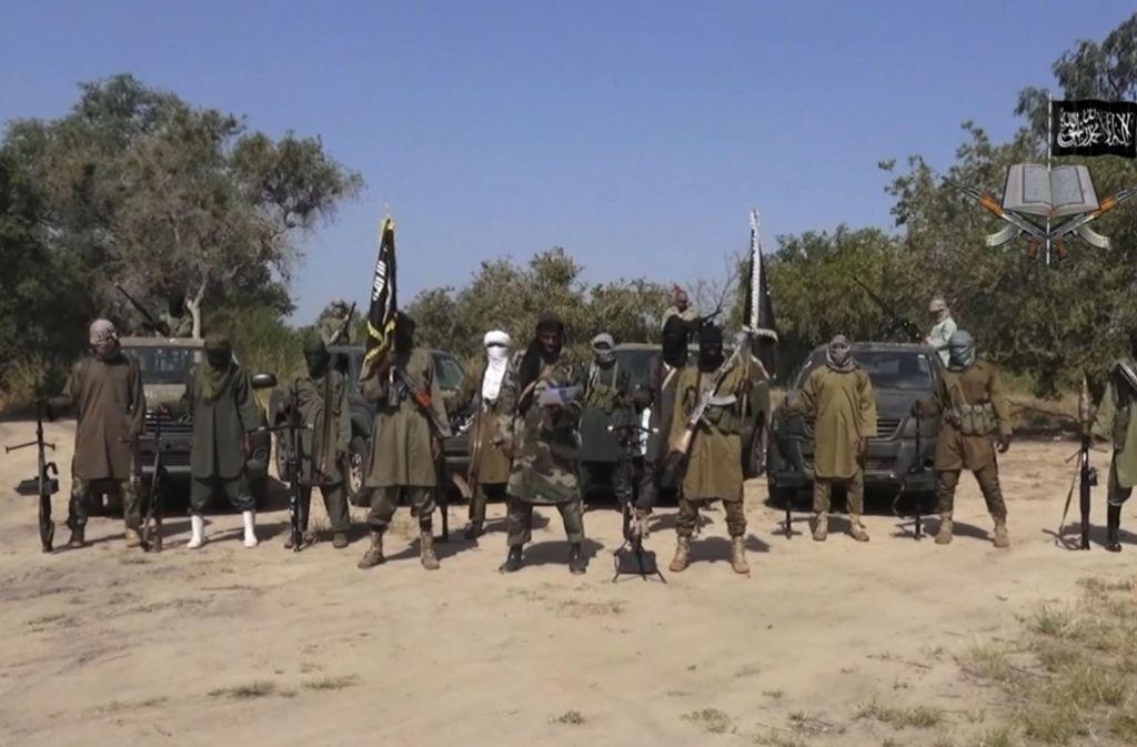 Der neu ernannte Boko-Haram-Chef Abu Musab al-Barnawi hat damit gedroht, Kirchen zu bombardieren und Christen statt Muslime zu töten. Foto: AP