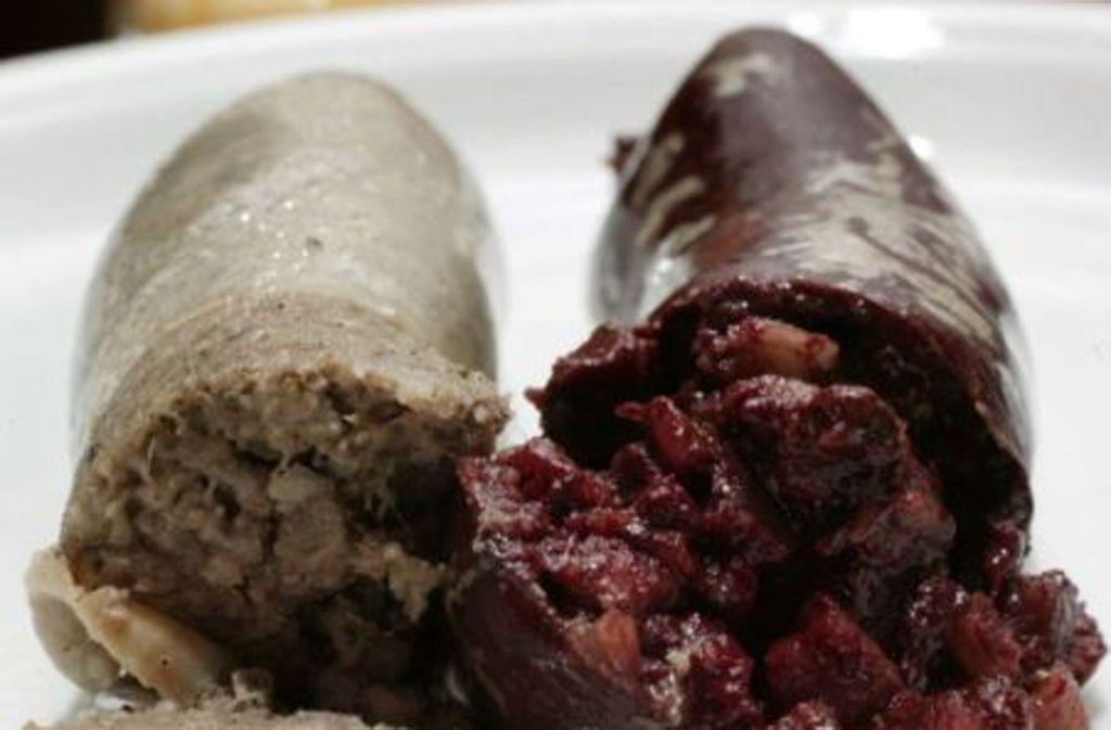 Für Veganer ein Albtraum, für Fleischfans ein Genuss: Leberwurst und Blutwurst. Foto: Zweygarth
