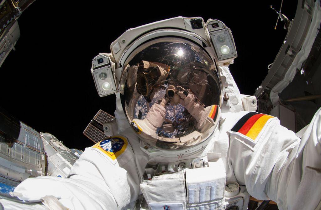 Der deutsche Astronaut Alexander Gerst 2014 während einer Arbeit an der Internationalen Raumstation. Foto: ESA/NASA