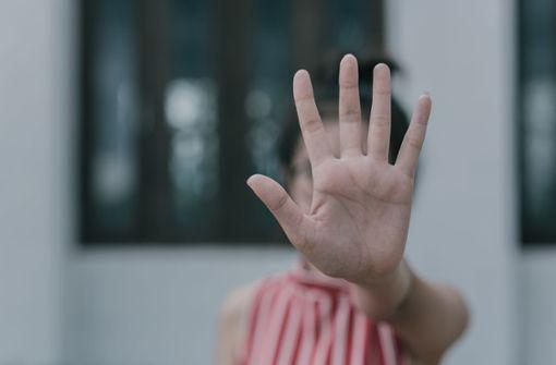 13-Jährige sexuell belästigt – Polizei schnappt Verdächtigen