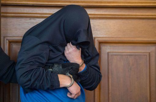 Dreifachmörder zu lebenslanger Haft verurteilt