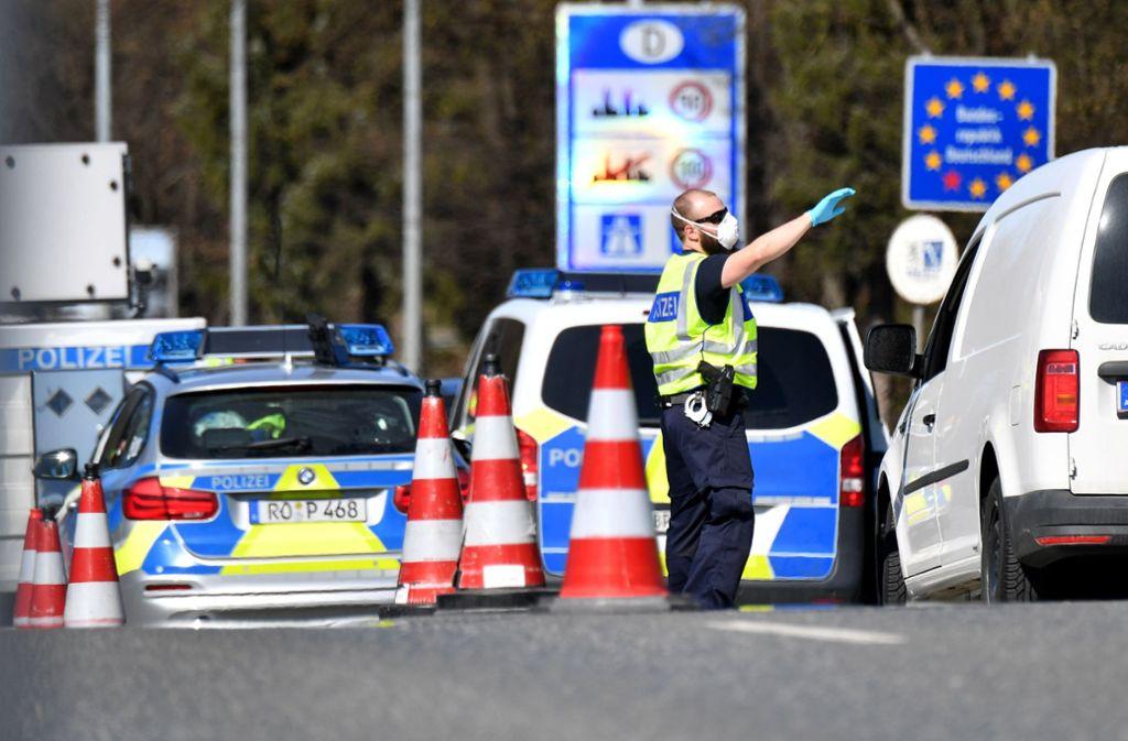 Kanzler Sebastian Kurz hatte bereits angedeutet, dass er die Grenzöffnung im Juni erwarte. Foto: dpa/Barbara Gindl