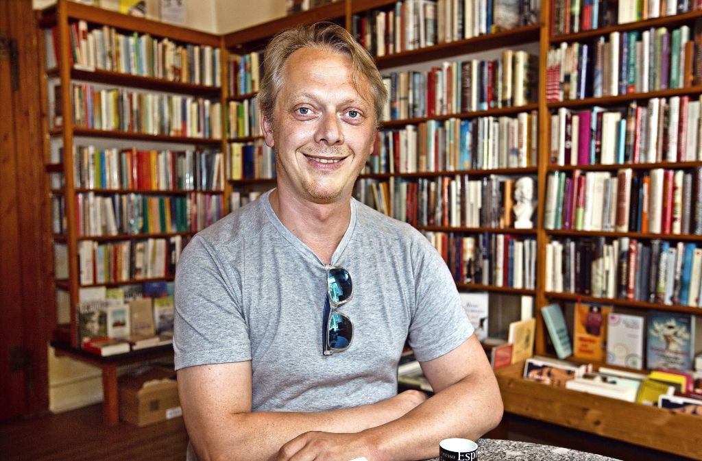 Die Buchhandlung Die Zeitgenossen  ist ein Herzensort von Martin Auerbach. Foto: Ines Rudel