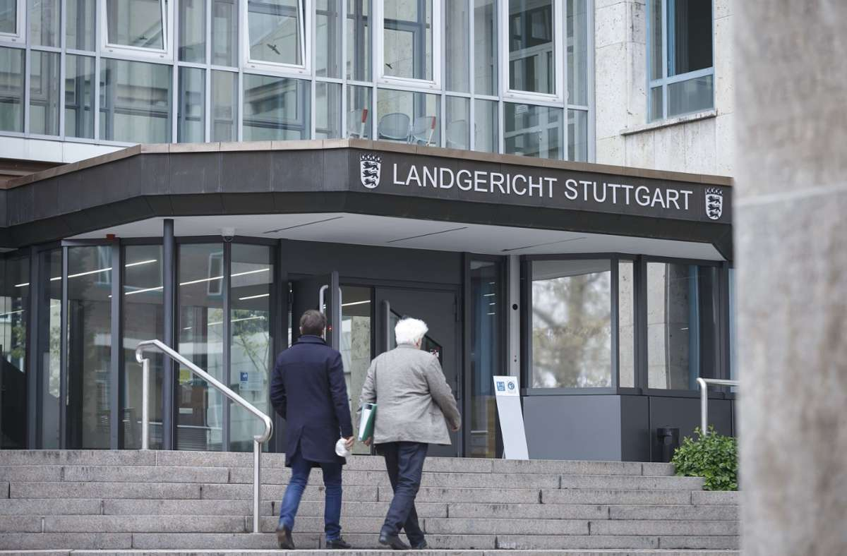 Das Landgericht Stuttgart ist mit Diesel-Klagen schwer beschäftigt. (Archivbild) Foto: Julian Rettig/Julian Rettig