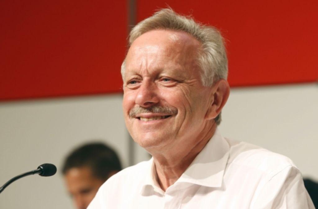 Joachim Schmidt hatte seinen Vertrag erst im März 2012 verlängert, der Kontrakt sollte bis 30. September 2015 laufen. Foto: Pressefoto Baumann