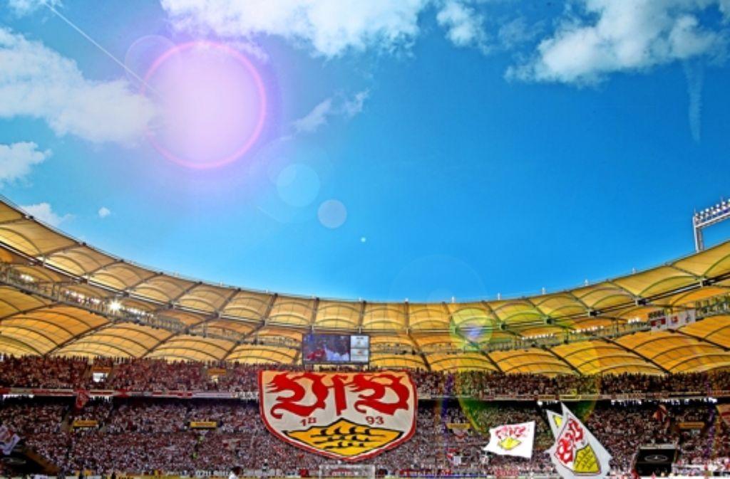 Das Herz des Stadionerlebnisses in Stuttgart – die Cannstatter Kurve. Foto: Pressefoto Baumann
