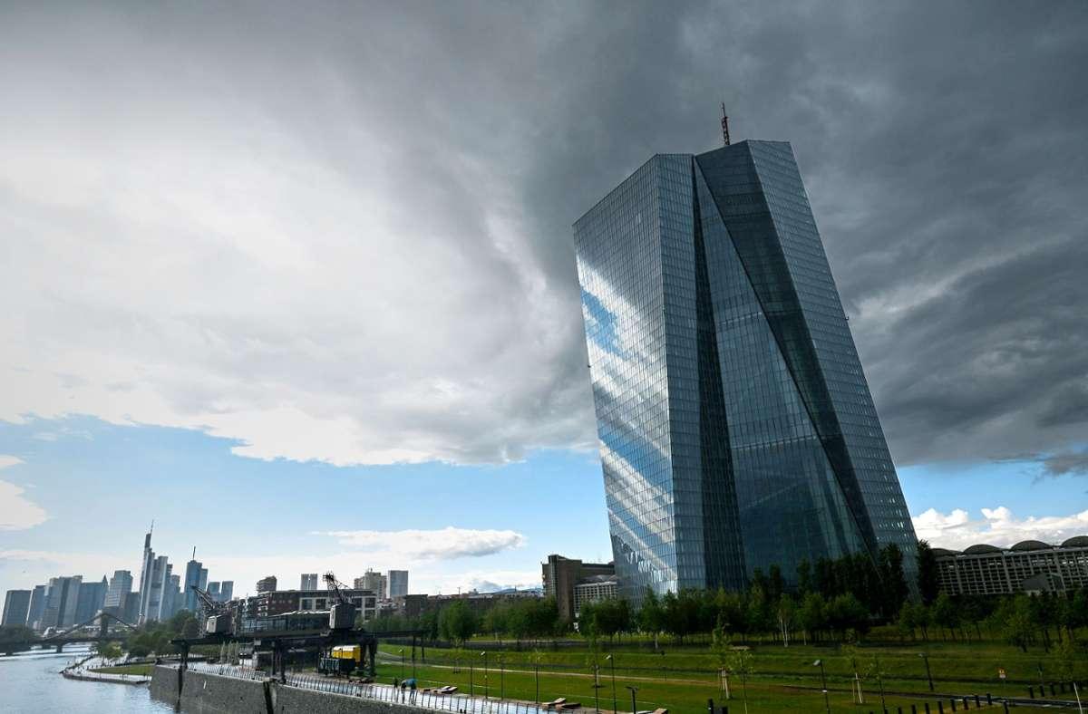 Die Europäische Zentralbank will bei der Berechnung der Inflationsrate künftig auch die Kosten von Wohneigentum berücksichtigen. Foto: dpa/Arne Dedert