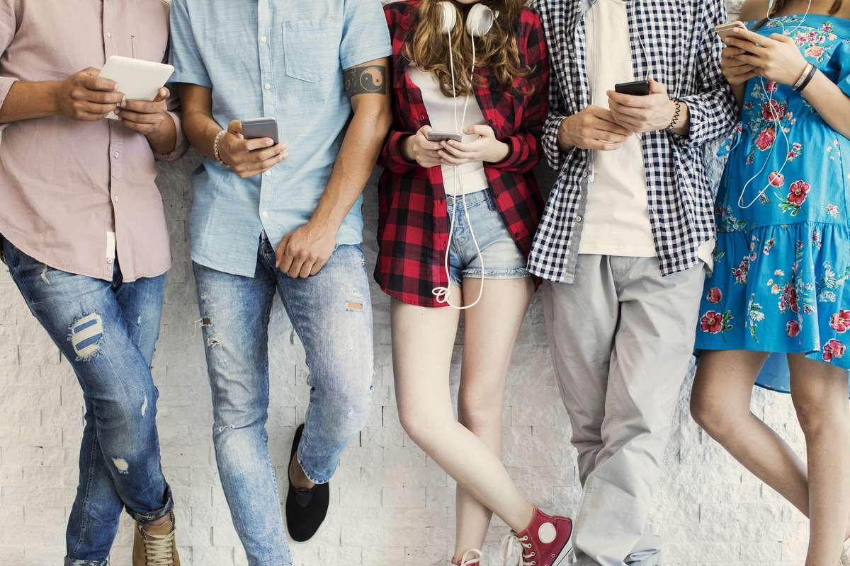 Was bedeutet sus in der Jugendsprache? Foto: sebra/Shutterstock