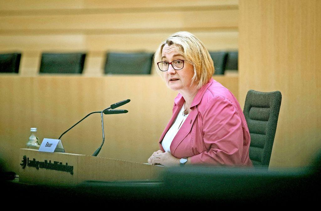 Ministerin als Zeugin: Theresia Bauer vor dem U-Ausschuss zur Zulagenaffäre Foto: dpa