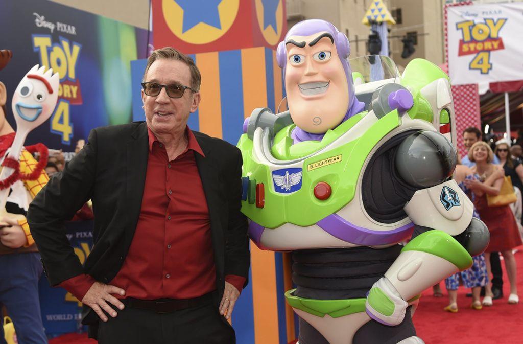 """Der Astronaut """"Buzz Lightyear""""  mit seinem Synchronsprecher Tim Allen auf dem roten Teppich der Filmpremiere von """"Toy Story 4"""". Foto: AP"""