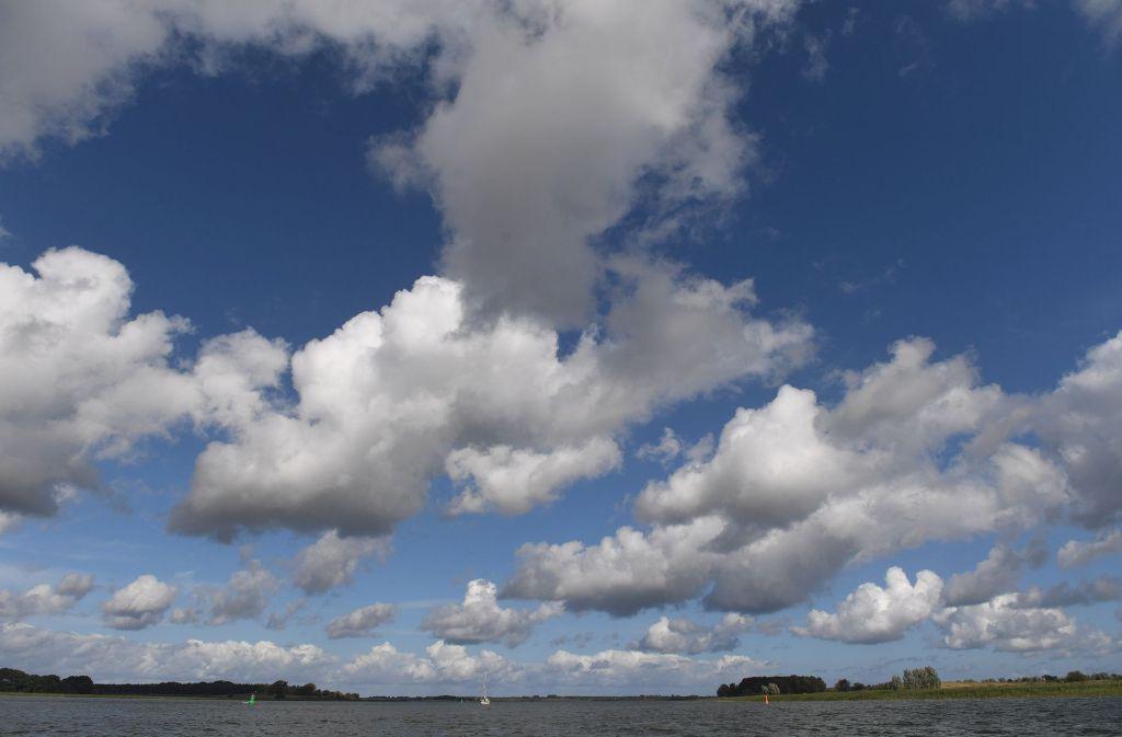 Zwei Bootsausflügler aus Sachsen sind auf dem Peenestrom tödlich verunglückt. Foto: dpa