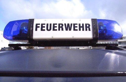 In einer Fabrikhalle in Dettingen/Erms kommt es zu einem Brand. Foto: dpa/Symbolbild