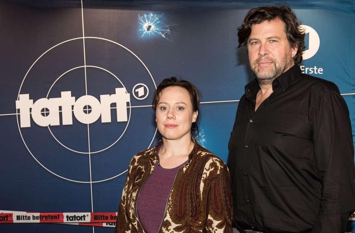 Die «Tatort»-Fernsehkommissare Eva Löbau und Hans-Jochen Wagner ermitteln im neunten Fall. Foto: dpa/Patrick Seeger