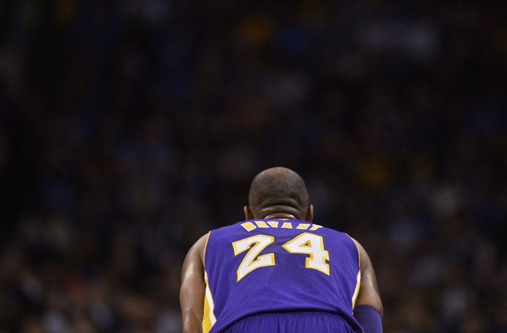 Eine Basketball-Legende tritt ab: Kobe BryantSeine Zeit ist abgelaufen: Kobe Bryant Foto: EPA