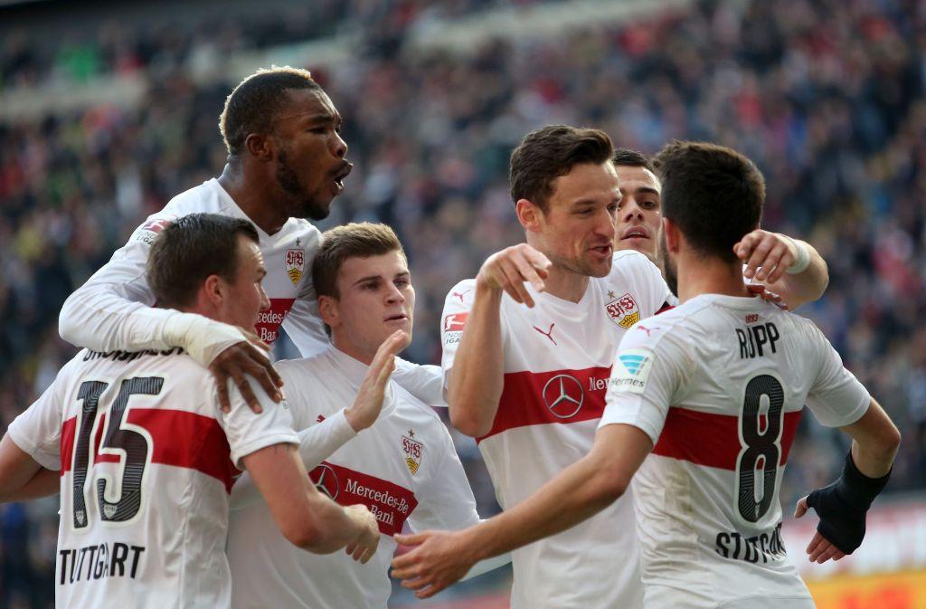 An Auswärtsspiele bei Eintracht Frankfurt denkt man beim VfB Stuttgart gerne zurück. Foto: dpa