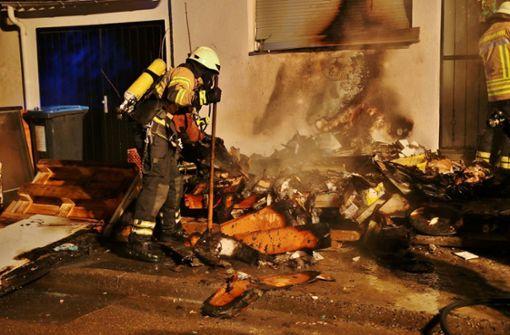 Mehrere Brände halten Feuerwehr am Wochenende in Atem