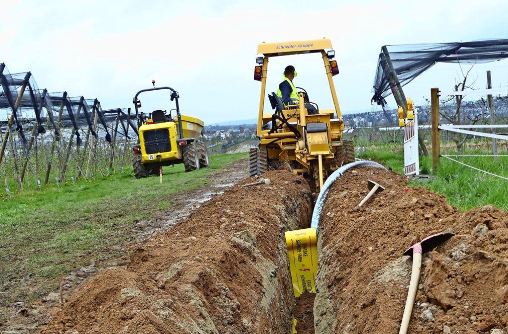 Neuer Graben für das Stromkabel: Das Remstalwerk sorgt für Versorgungssicherheit. Foto: Hans-Dieter Wolz