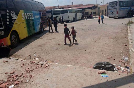 Tote und Verletzte bei Bombenanschlag auf Busse in Syrien